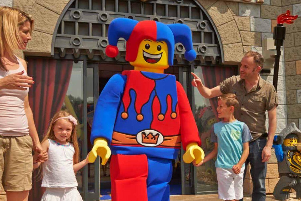 """<span class=""""hot"""">Hot <i class=""""fa fa-bolt""""></i></span> Legoland Castle hotel special offers"""